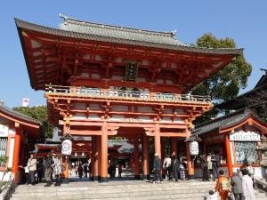 初詣 生田神社 混雑 屋台 出店 いつまで 車 デート 駐車場
