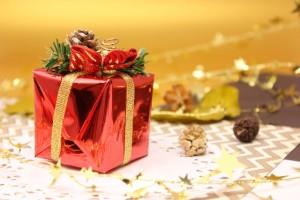 クリスマスプレゼント 渡し方 子供 彼氏 彼女 旦那
